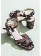 Elle Kalın Topuklu Ayakkabı Siyah